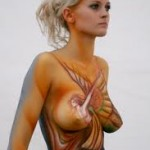 Girl-In-BodyPaint-19