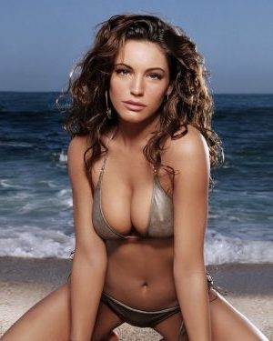 Kelly-Brook-Hot100-2011-4